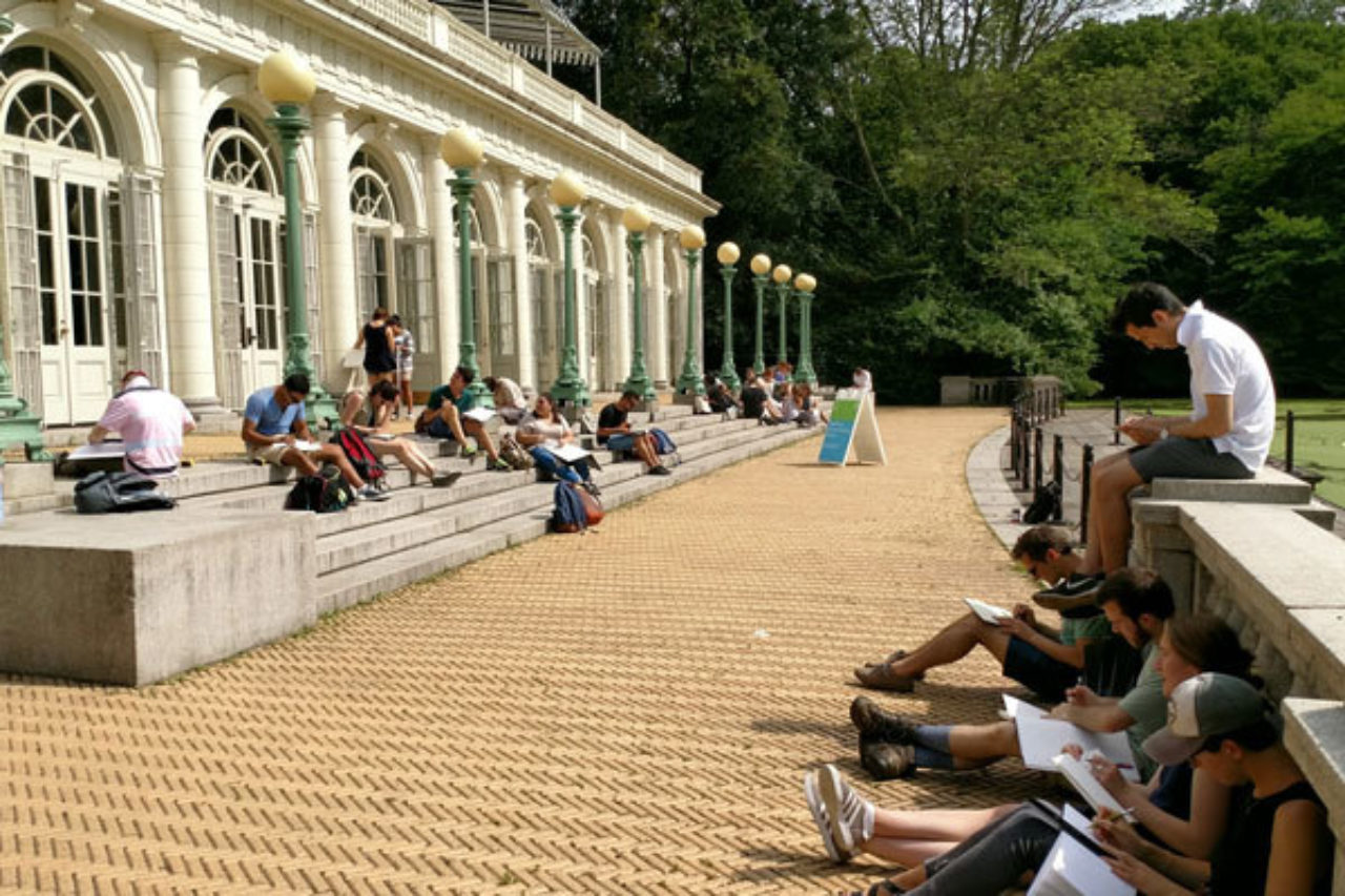 Students sketch on location at the Prospect Park boathouse