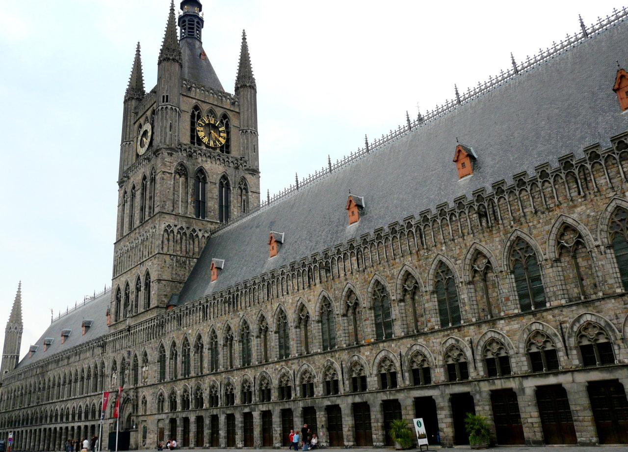 Reconstructed Cloth Hall, Ypres, Belgium (Image: Wikimedia Commons/huhbakker)