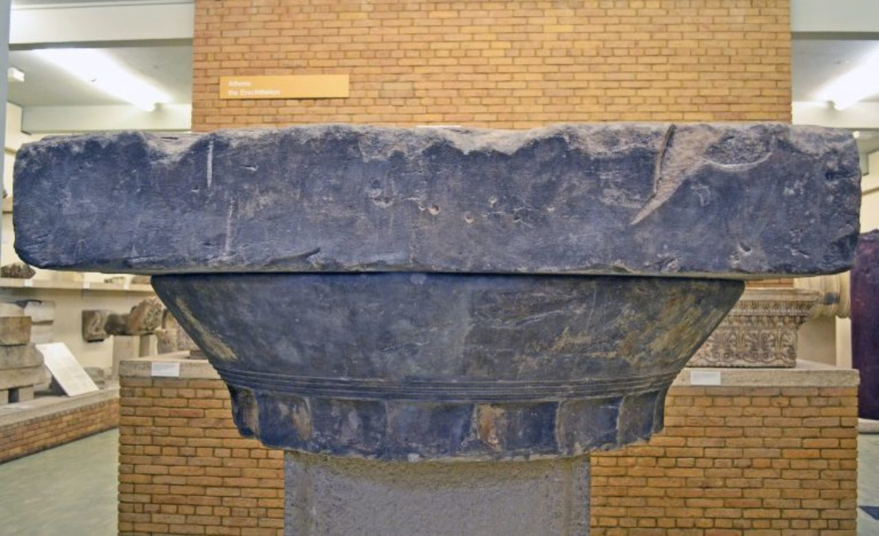 Figure 6: Doric capital from the Propylaea