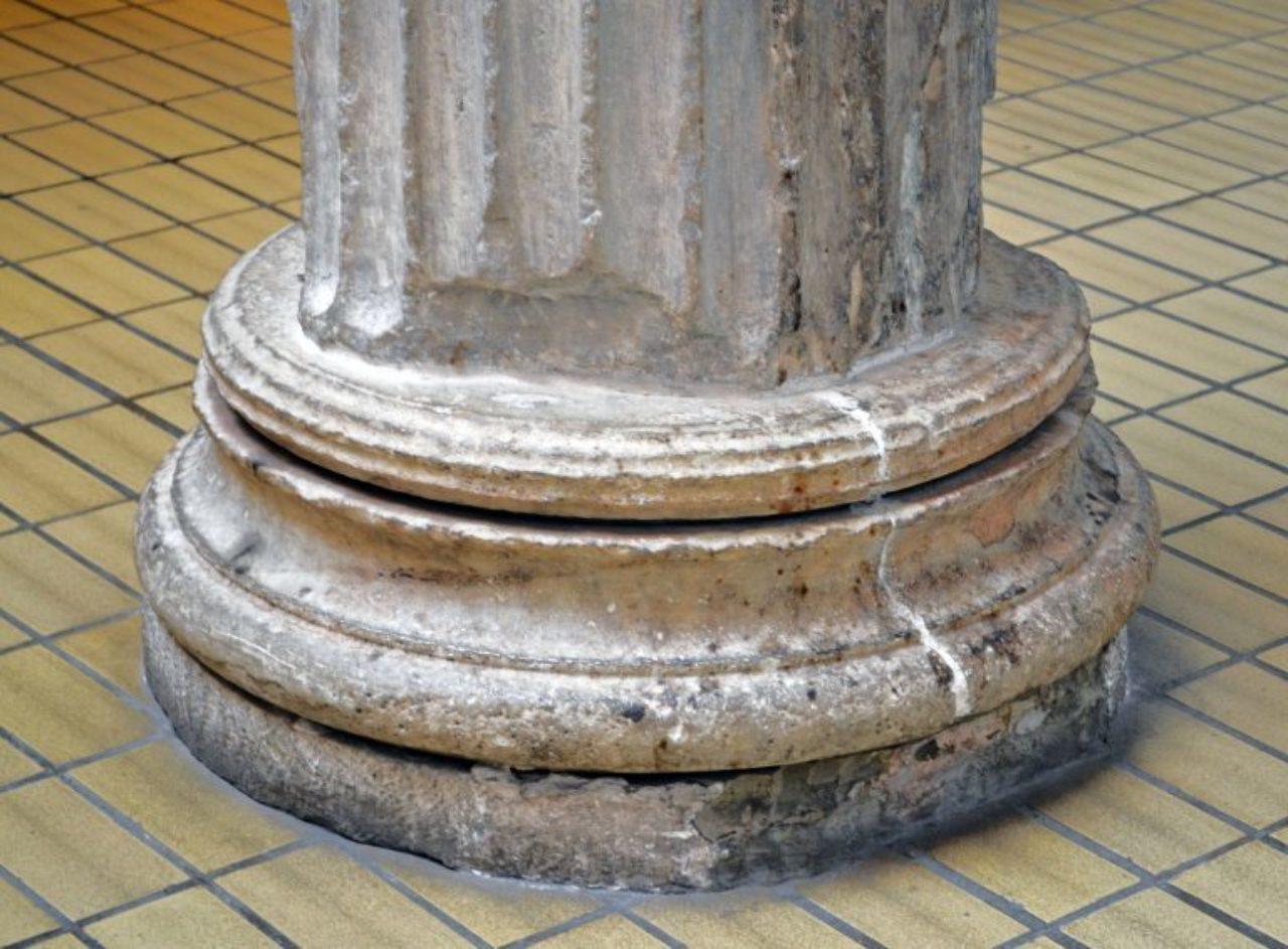 Figure 11: Erechtheion, east portico column base
