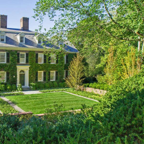 """"""" Ivy Court"""" Le Blanc Jones Landscape Architects"""