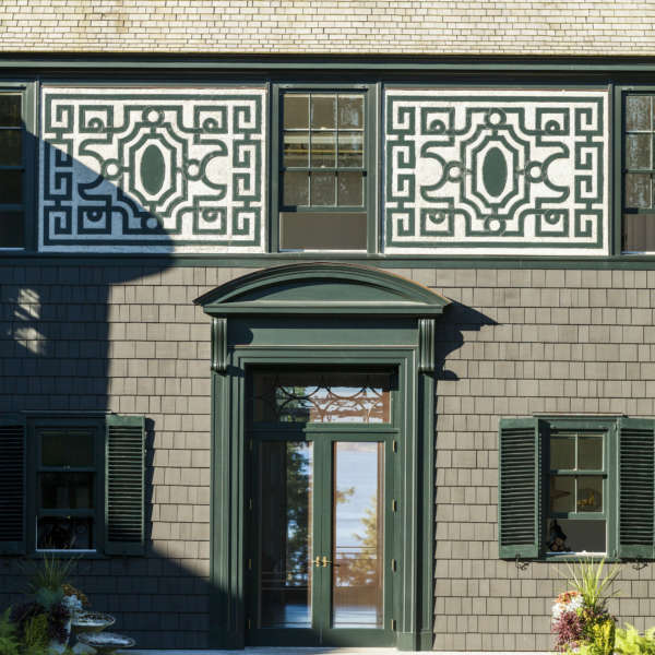 Pennoyer House In Maine Front Entrance Credit Eric Piasecki