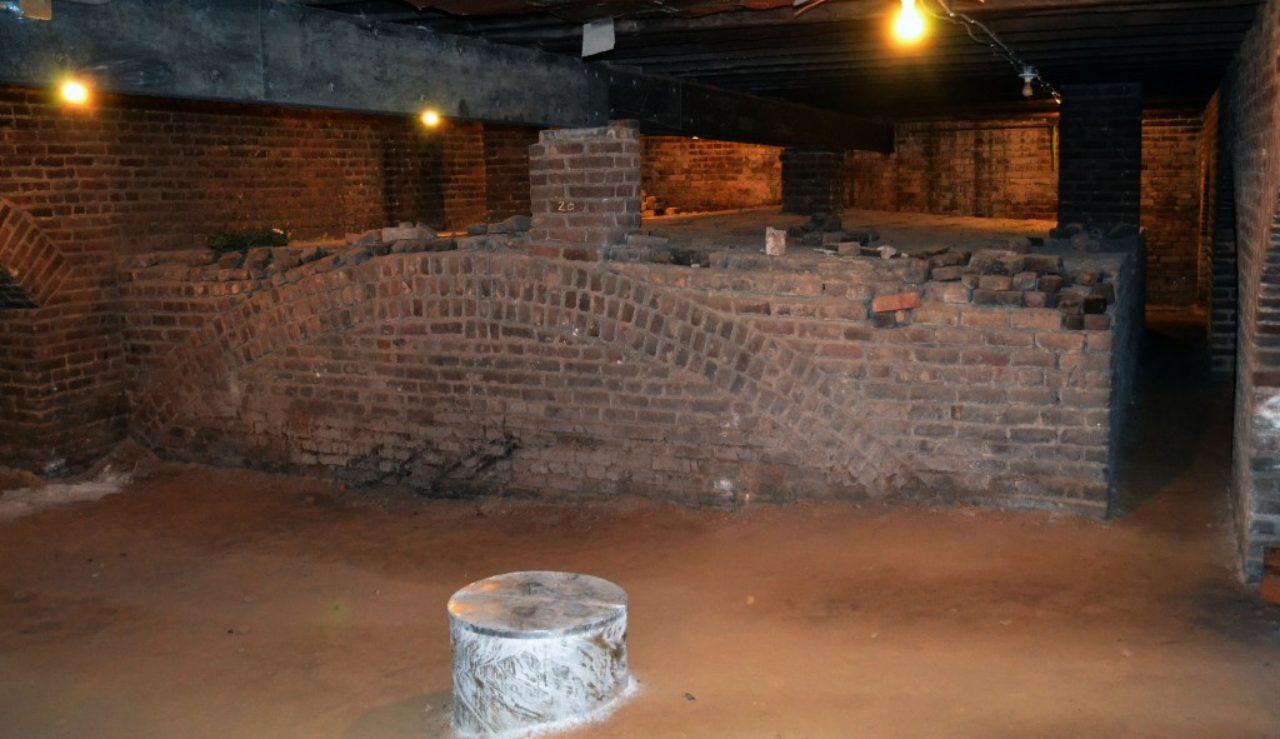 crypt vault