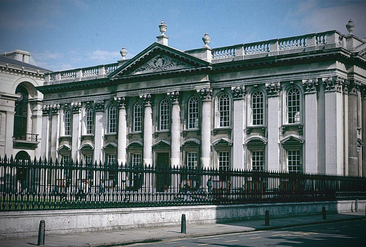 Figure 7. Senate House, Cambridge University (Loth)