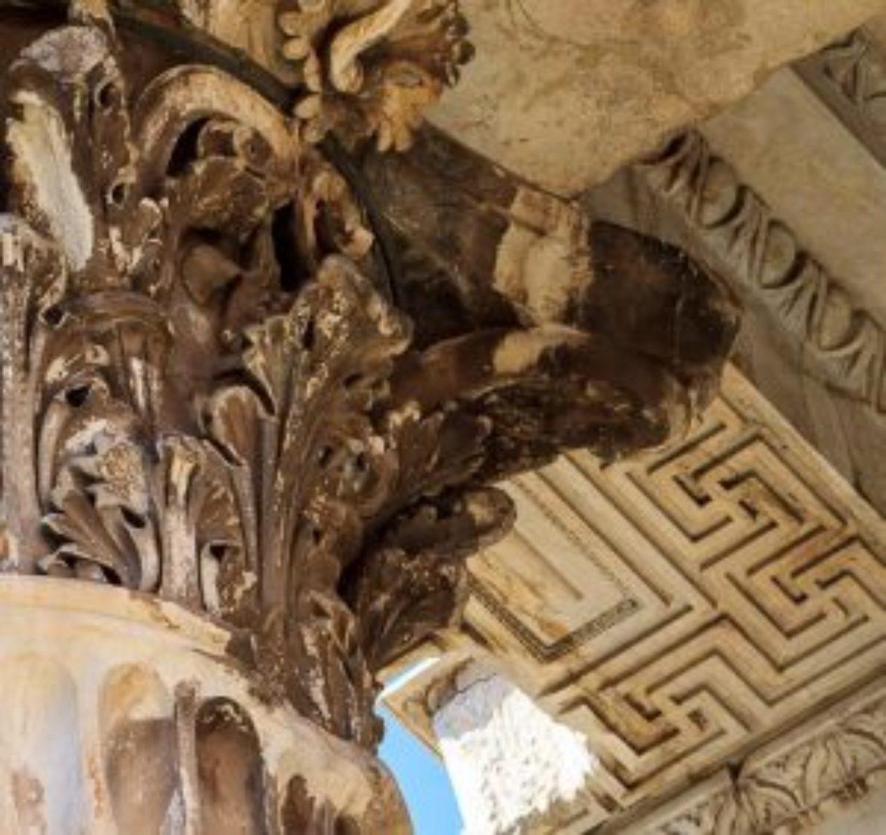 Figure 5: Soffit detail, Temple of Mars Ultor, Rome (www.JeffBondono.com).
